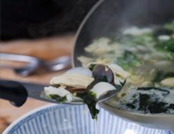 海苔海鮮豆花湯